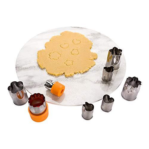 Pastry Tek 8-Piece Assorted Metal Linzer Cookie Cutter Set with Removable Comfort Grip 1 count box - Restaurantware