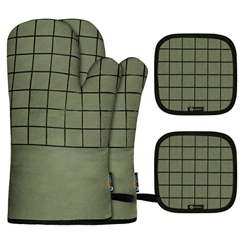 Slopehill Oven Mitts and Pot Holders Heat Resistant Kitchen Bake Gloves Safe Trivet Mats 4 Pieces Soft Cotton Lining with Non-Slip Surface for Cooking Baking Grilling Barbecue Green