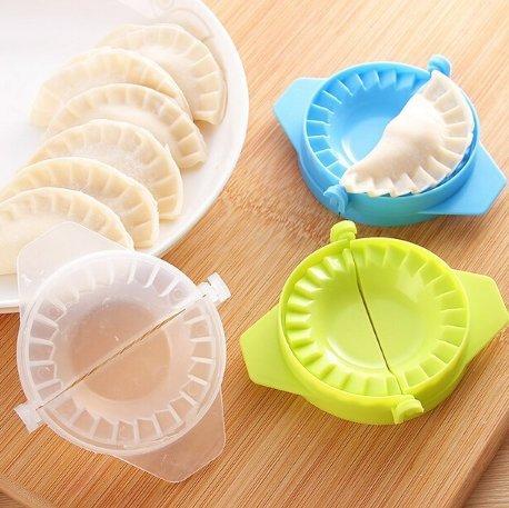 UChic 5PCS Dumpling Maker Mould Dough Press Dumpling Pie Ravioli Mould Cooking Pastry Dumpling Making Tools For Kitchen Color Random