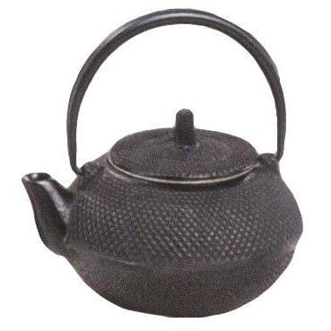 Matte Black 16 Oz Strength Hobnail Tetsubin Cast Iron Teapot by Old Dutch