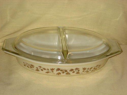 Vintage Corning Pyrex 1960 GOLDEN ACORN 1 12 Quart Divided Cinderella Casserole Baking Dish w Clear Lid
