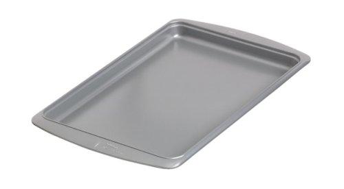 Wilton Avanti Everglide Metal-Safe Non-Stick Cookie Pan 15 14 x 10 14 x 34 Inch
