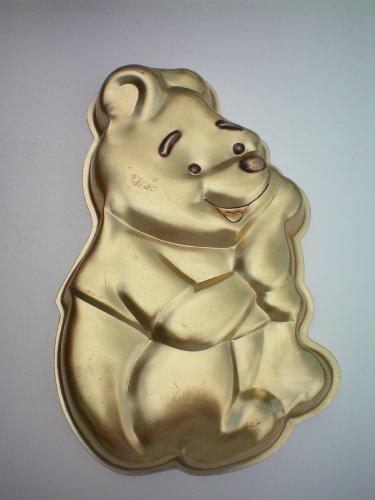 Wilton Pooh Bear Cake Pan -- RETIRED -- as shown