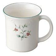 Pfaltzgraff Winterberry 12-Ounce Coffee Mugs Set of 4