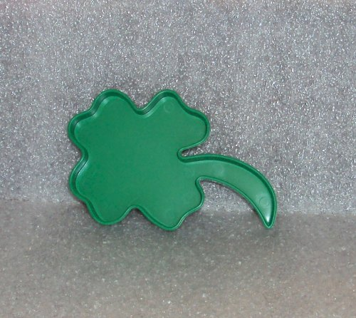 Green Plastic Tupperware St Patricks Day Shamrock 4 Leaf Clover Cookie Cutter 45 Inches Tall