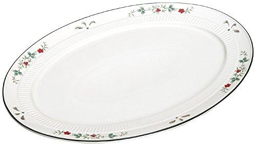 Pfaltzgraff Winterberry Pierced Oval Platter One Size