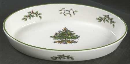 Spode Christmas Tree - Green Trim 1025 Oval Baker