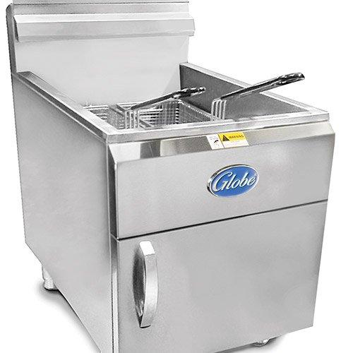 Globe Food Equipment Countertop 30-LB Capacity Natural Gas Fryer