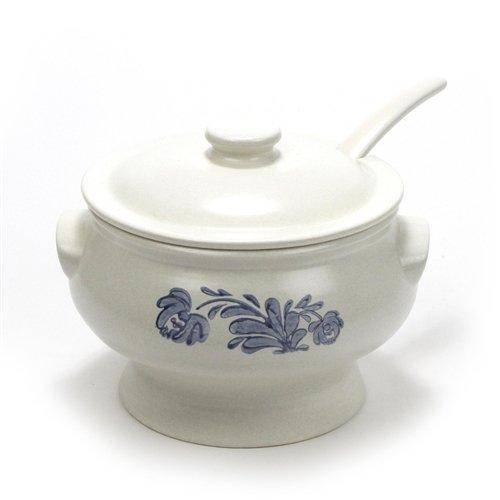 Yorktowne by Pfaltzgraff Stoneware Soup Tureen Ladle