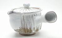 Hagi-yaki-Japanese-ceramic-White-kyusu-teapot-made-by-Yuuka-Matsuo-33.jpg