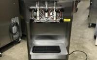 2013-STOELTING-F231-3812-SERIAL-4916007K-1PH-AIR-Soft-Serve-Frozen-Yogurt-Ice-Cream-Machine-16.jpg